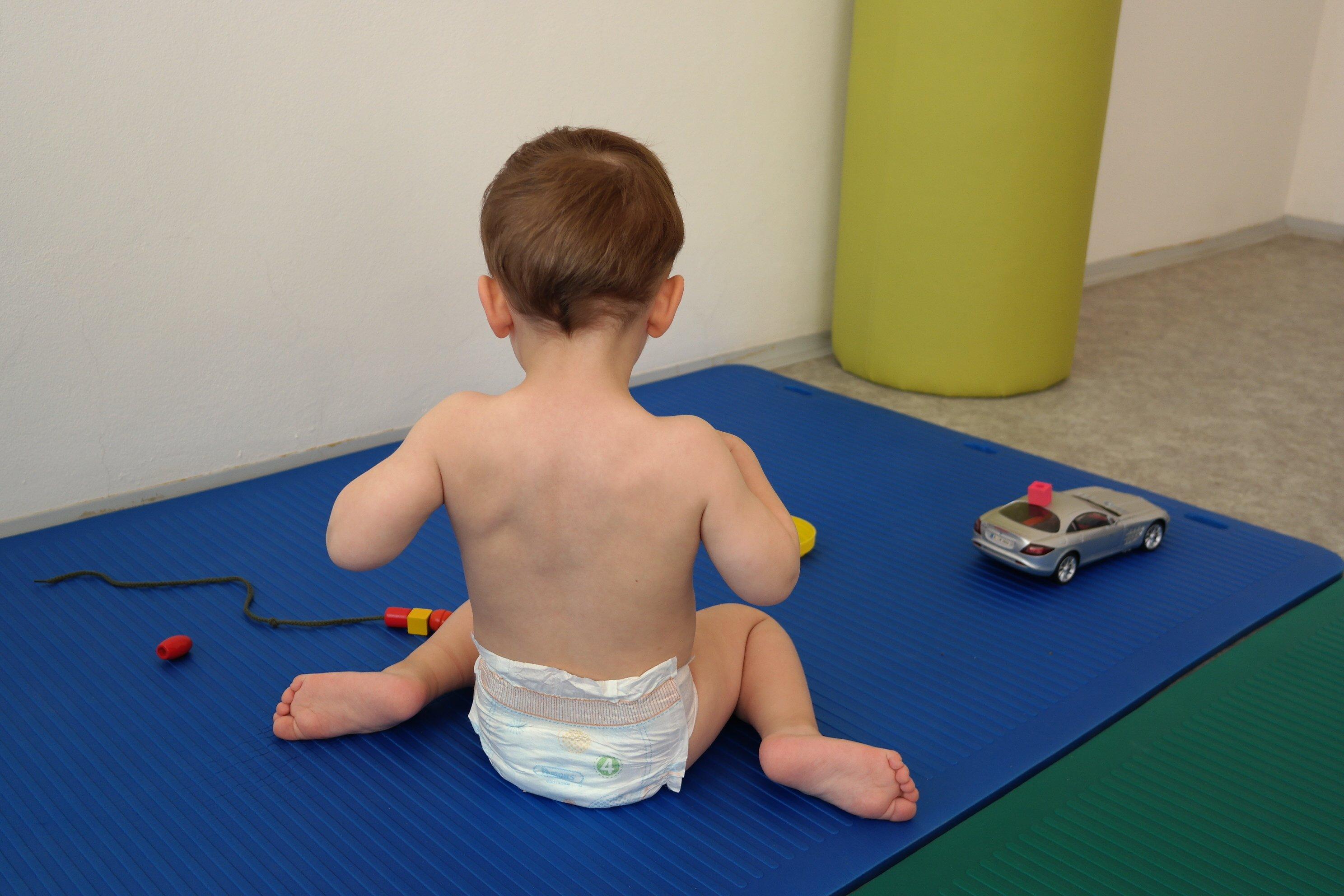 Vadné držení těla – jak mu předcházet - Šance Dětem 58447335c3
